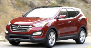 Hyundai three-bar grille tells us that this is the shorter of Hyundai's two distinct Santa Fe lines, the 5-passenger Sport.