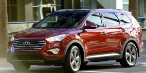 Four bars in the grille and longer windows indicate that this is the three-row version of Hyundai's sharp-looking, strong-selling Santa Fe crossover sport-ute. Hyundai photo