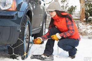 winter-weather-driving-tires-snow-chains