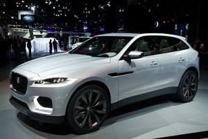 Jaguar-C-X17-silver