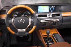 2014-lexus-gs-450h-interior.jpg