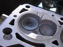OHV combustion chamber