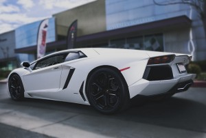 Three qtr rear aventador