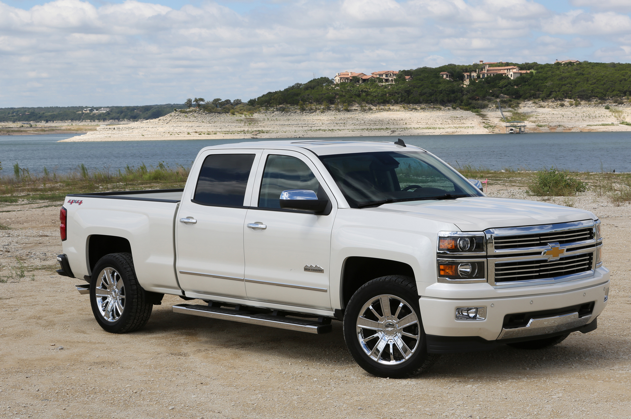 2014 chevy silverado awd entry price $ 25575 price as tested $ 52475