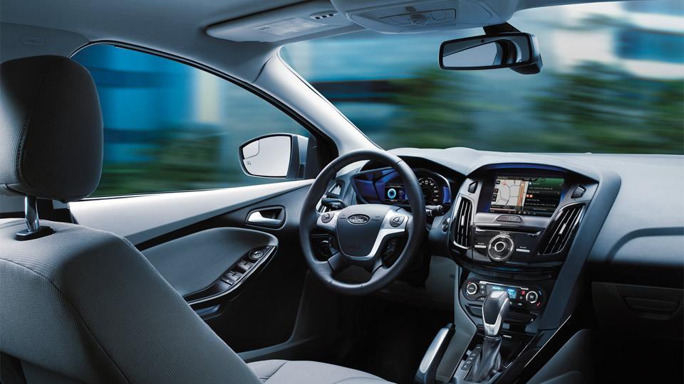 2017 Ford Focus Anium Hatchback