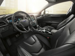 2014-Fusion-Energi-SE-interior