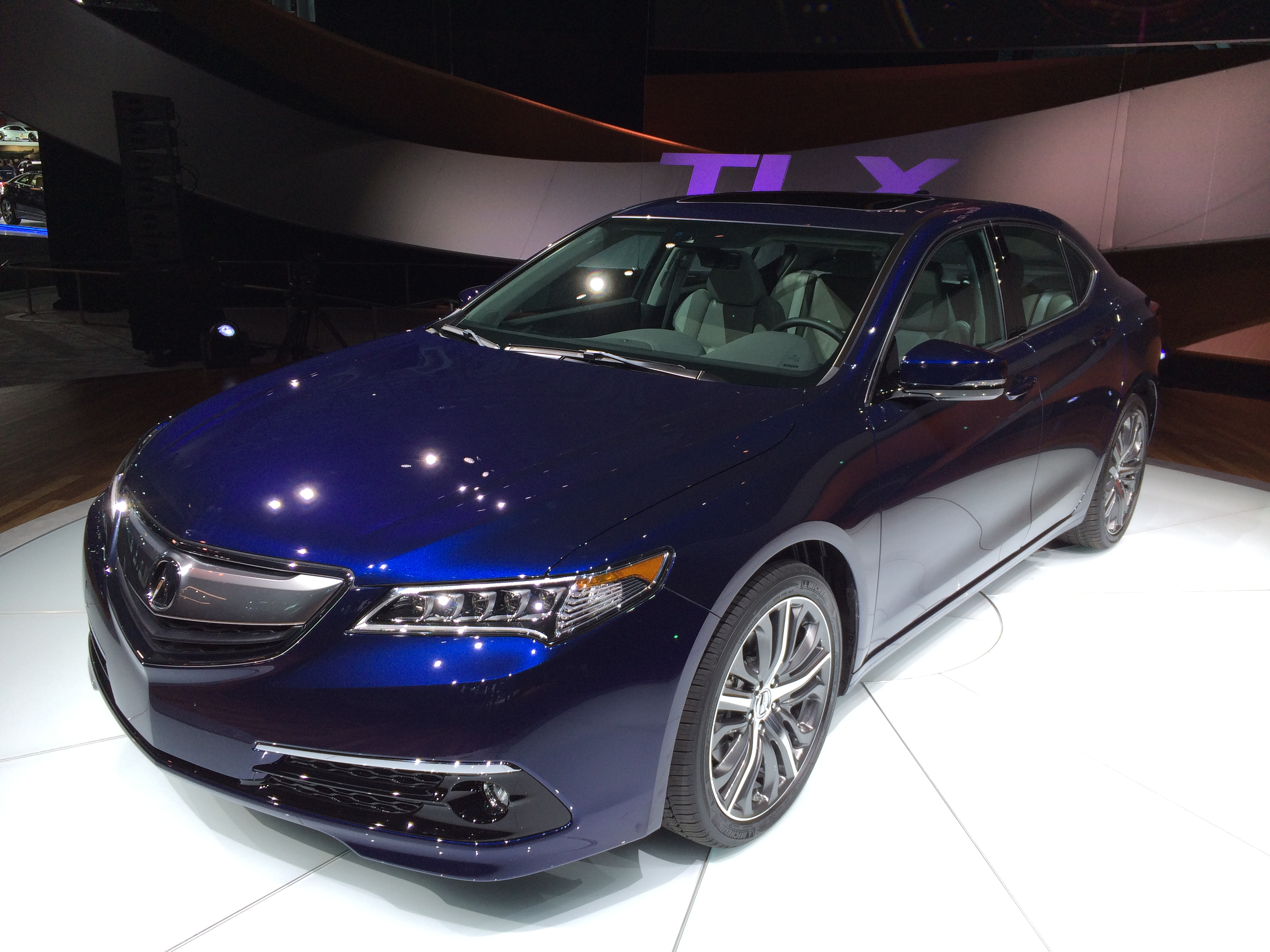 tlx debuts precision inspired new acura