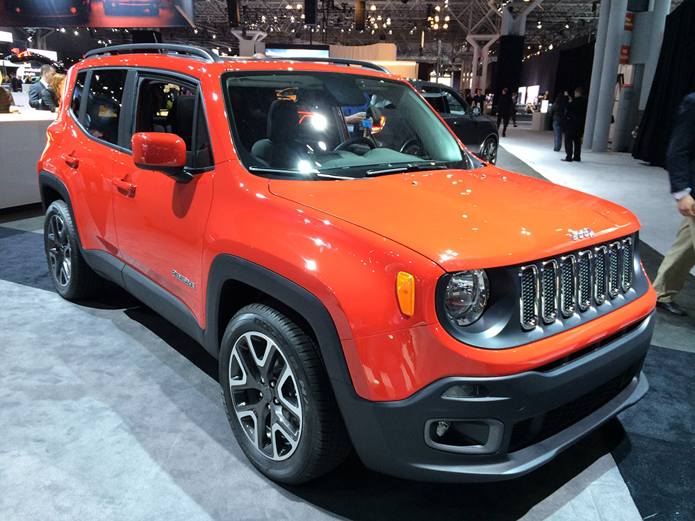 new york auto show 2015 jeep renegade car interior design. Black Bedroom Furniture Sets. Home Design Ideas