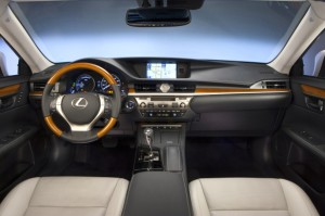 The signature grille marks the otherwise bland ES 300h as a Lexus from a quarter-mile away. Those integrated fog lamps are new for 2014. Lexus