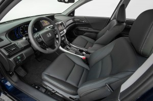 2014-Honda-Accord-Hybrid-interior