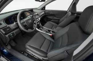 2014-Honda-Accord-Hybrid-interior