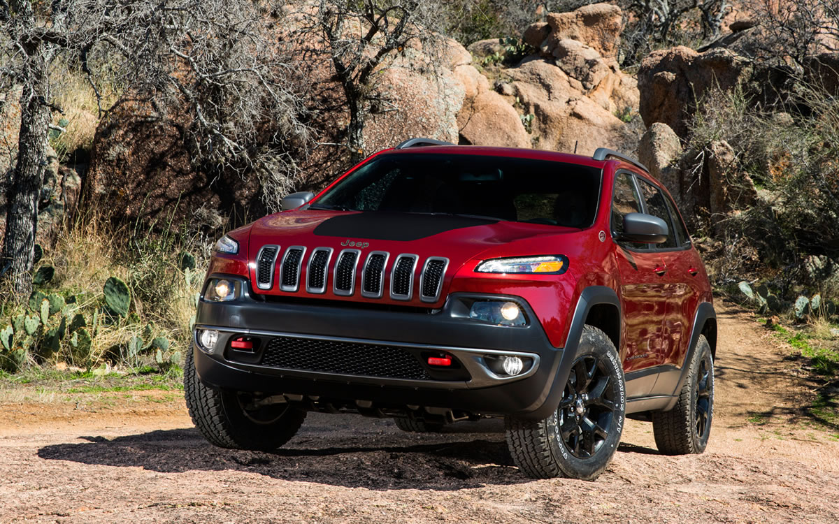 2014 jeep cherokee trailhawk bestride. Black Bedroom Furniture Sets. Home Design Ideas