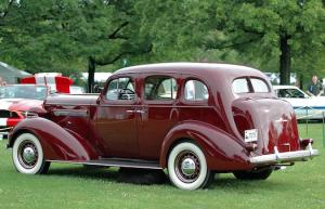 1936 Buick-8-Bestride