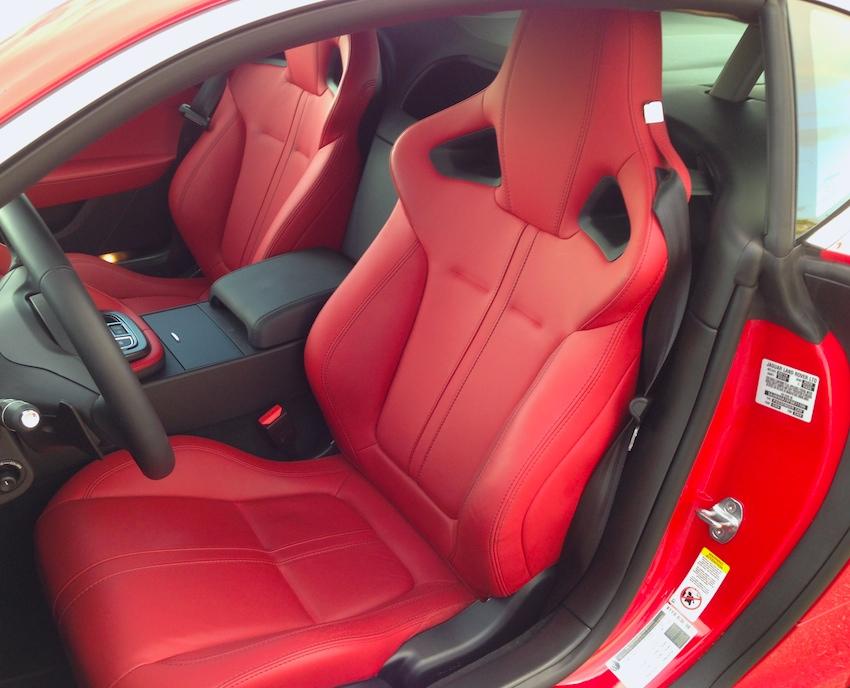 2015-jaguar-f-type-seats-bestride