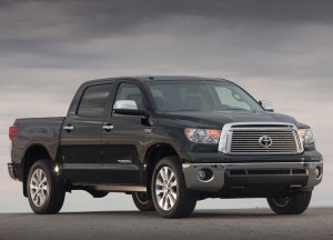 Toyota-Tundra-bestride