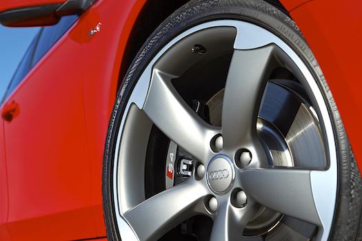 2014-audi-s4-5-star-wheel