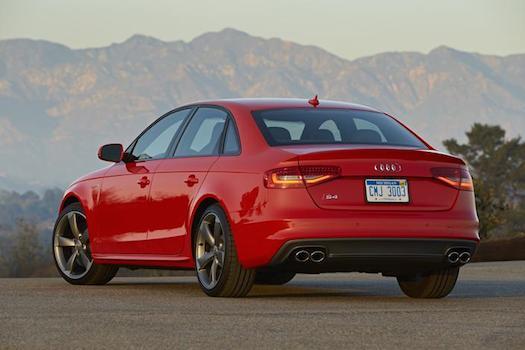 2014-audi-s4-rear-bestride