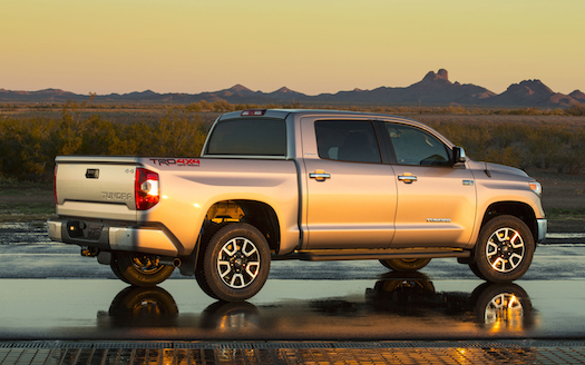 2014-toyota-tundra-ltd-rear-view