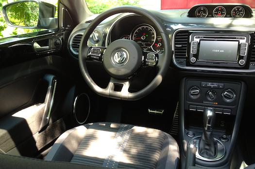 2014-volkswagen-beetle-rline-2.0t.interior-bestride