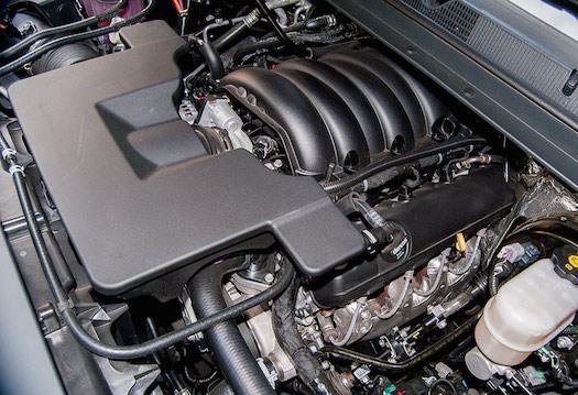 2015-GMC-Yukon-Denali-Engine-Bestride