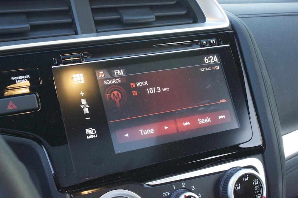 2015-Honda-Fit-Audio-System-Bestride