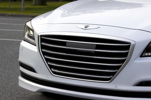 2015-Hyundai-Genesis-3.8-AWD-Grille-Small-Bestride
