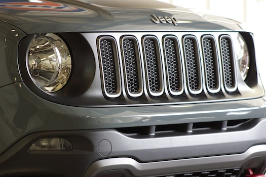 2015-Jeep-Renegade-Preview