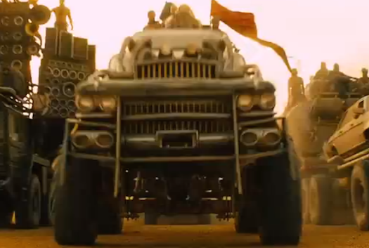 Mad-Max-Fury-Road-Cars-Gigahorse-Closeup-Bestride