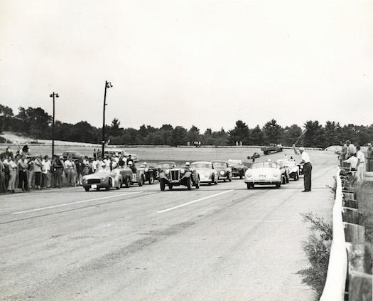 Thompson-Speedway-Racing-1950s-Bestride