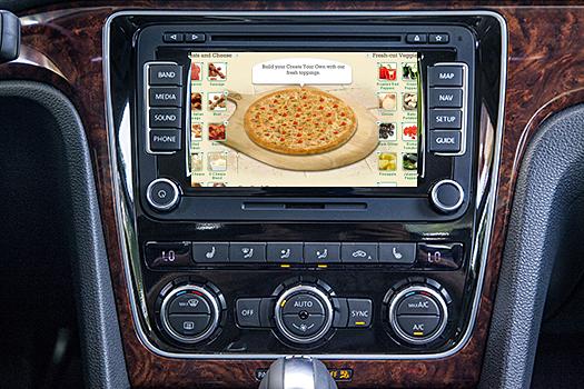 VW-Passat-Pizza
