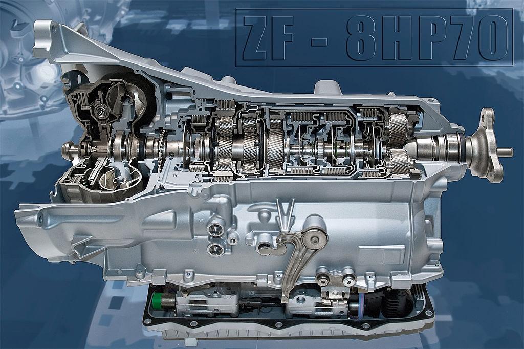 1024px-ZF_Stufenautomatgetriebe_8HP70