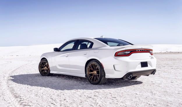 VIDEO: 2015 Dodge Charger SRT Hellcat Burnout