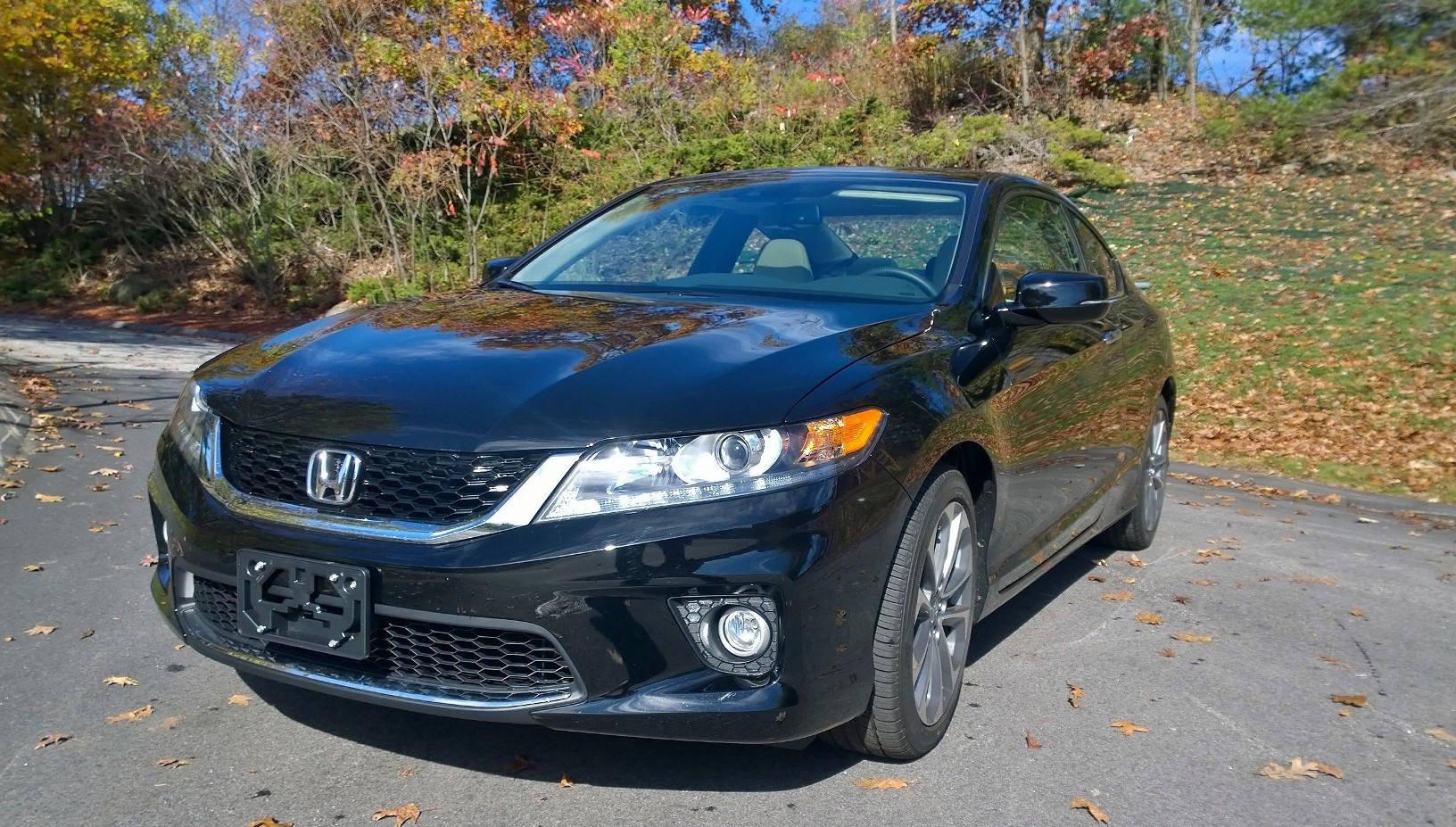 2015 Honda Accord Coupe Front Quarter