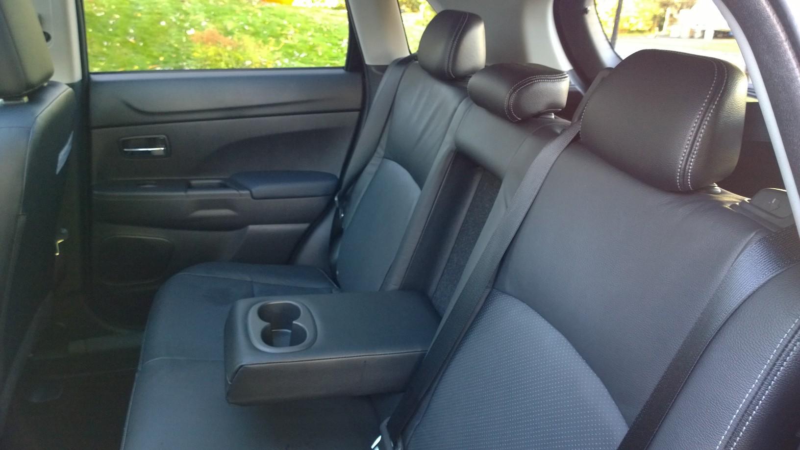 2015 Misubishi Outlander Sport Rear Seats