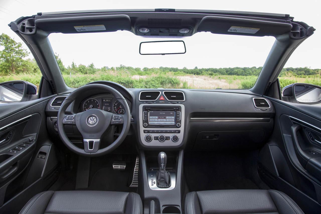 2015 Volkswagen Eos interior