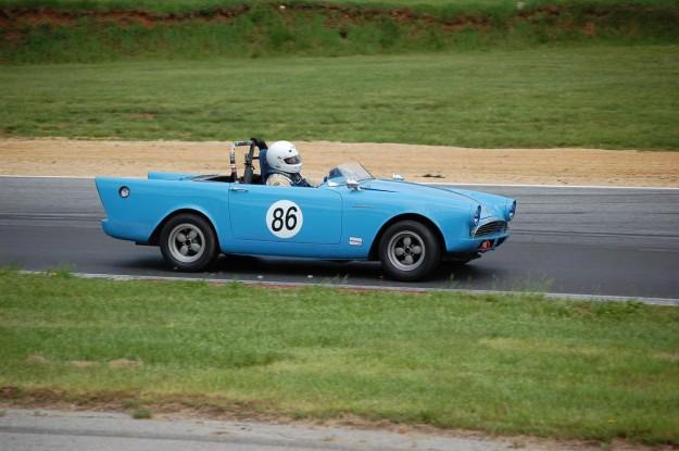 Vintage Racing Returns to Thompson Speedway