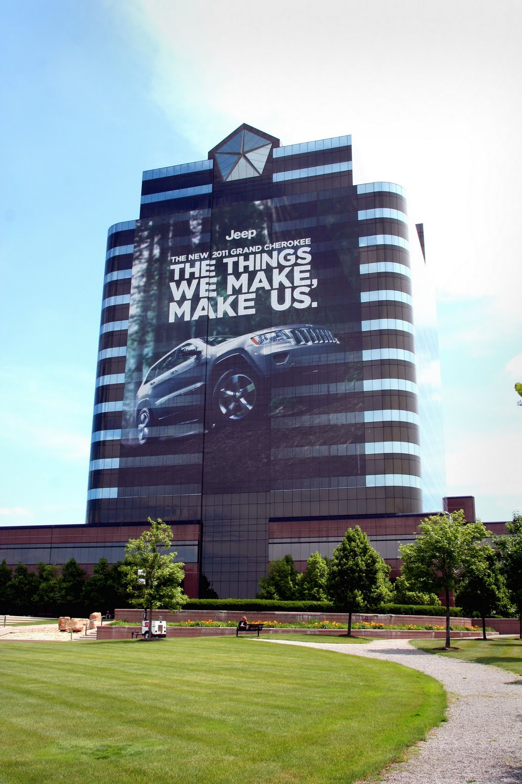 Chrysler-2011-Jeep-Wrap-Carscoop
