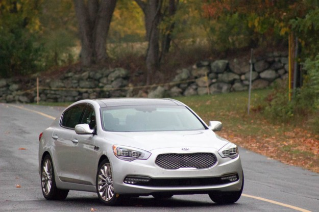 REVIEW: 2015 Kia K900 – Luxury Without the Price Tag