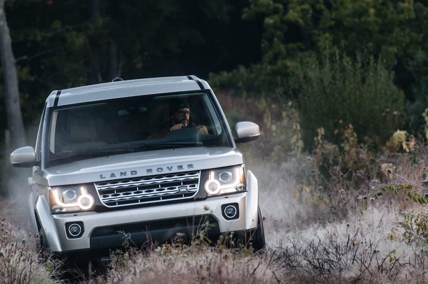 Land Rover LR4 Lead Action