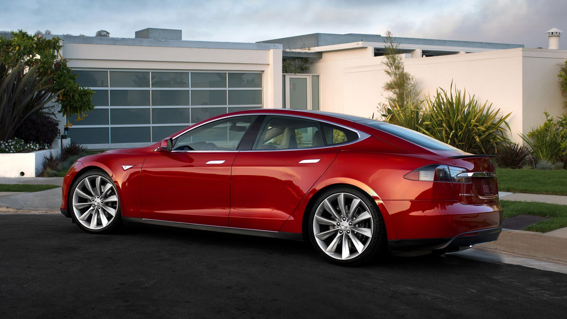 Lease a Tesla on The Cheap And You Can Bring It Back In 3 Months