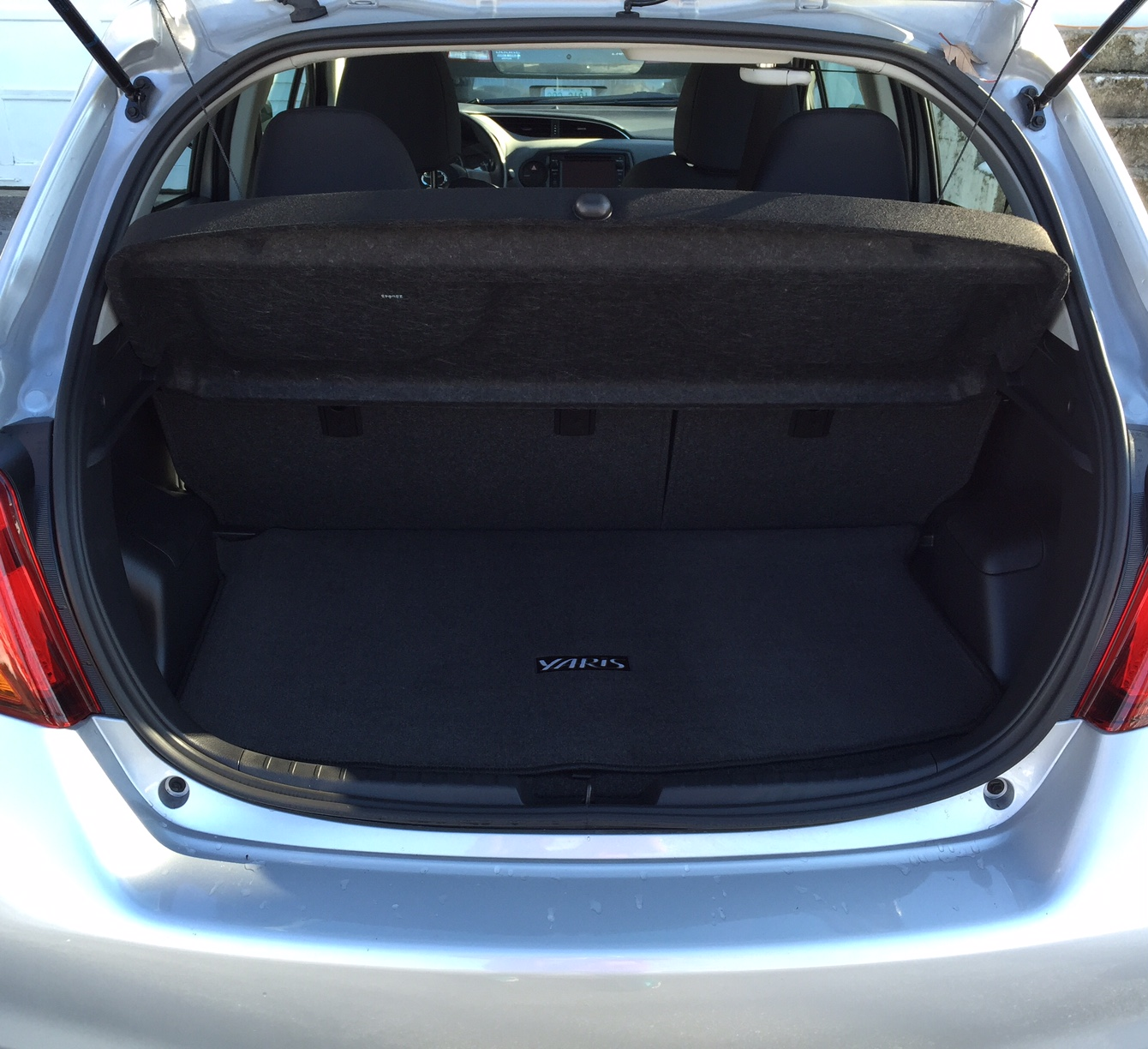 2015 Toyota Yaris Trunk