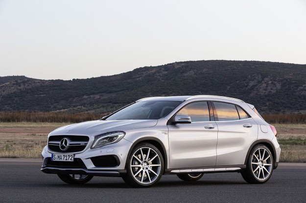2015 Mercedes-Benz GLA45 AMG: A Baby Hot-Rod In Short Bursts