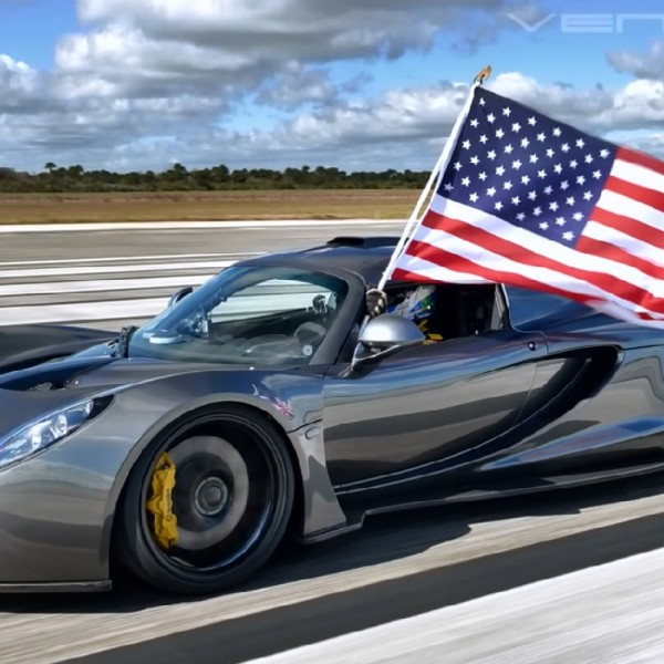 This insane supercar video will make you proud to be American