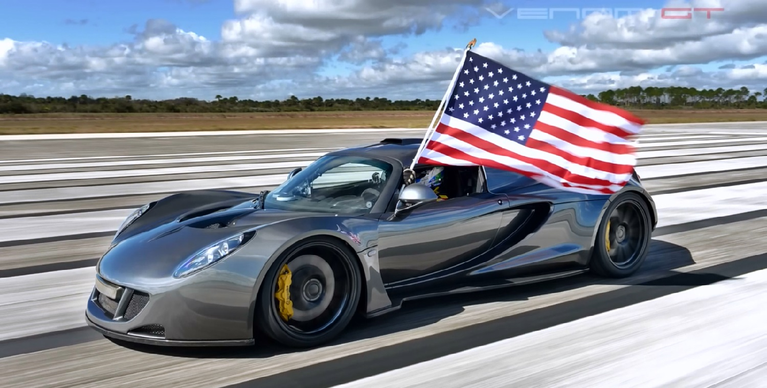 This Insane Hennesy Venom Gt Supercar Video Will Make You Proud To