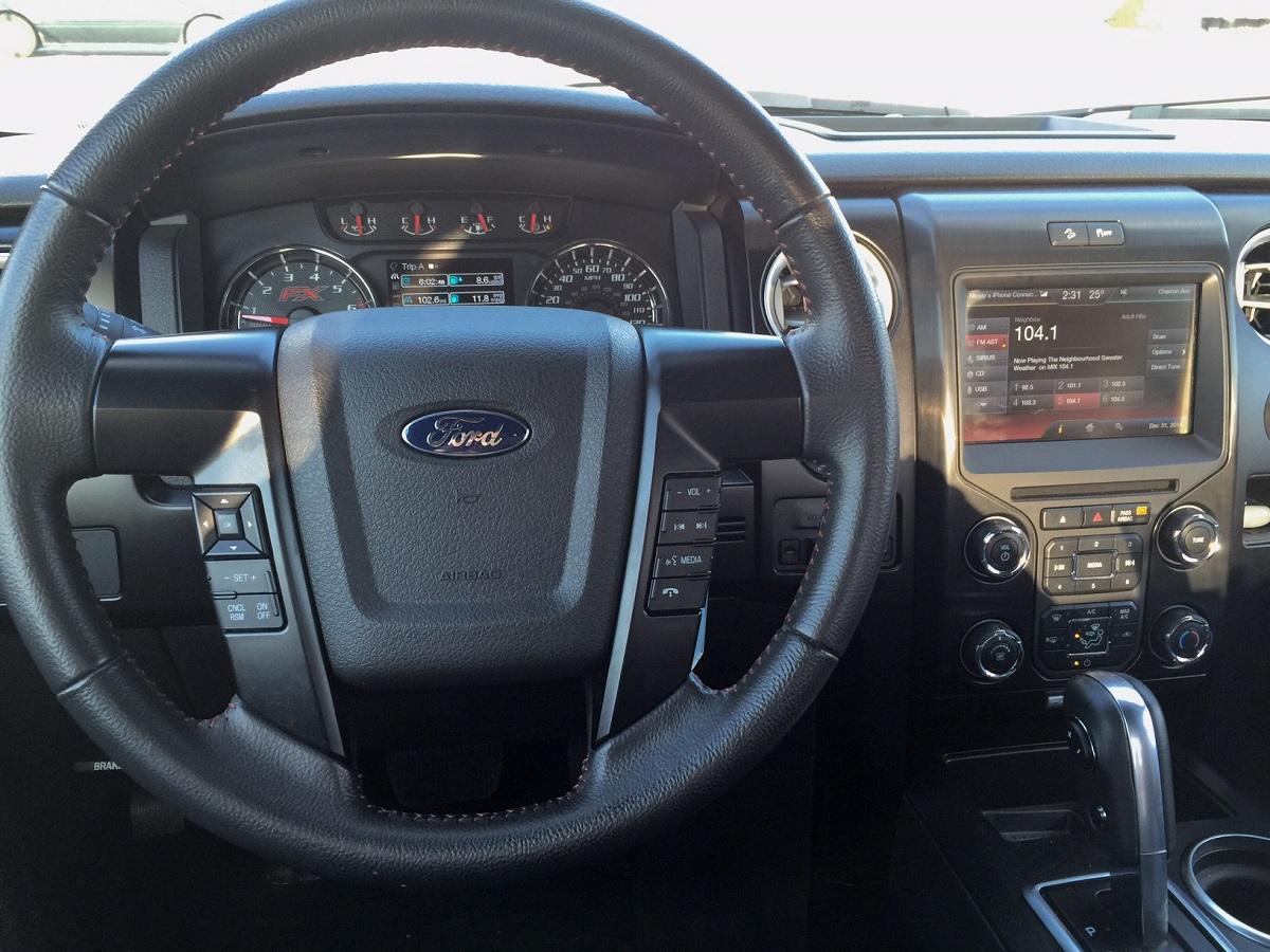 2014 Ford F-150 Dash