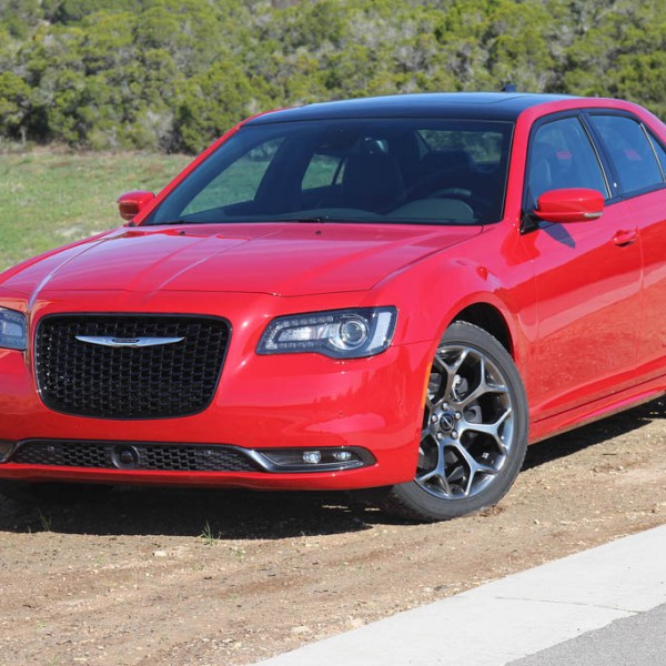 2015 Chrysler 300 Embraces Its 60th Anniversary Roots With