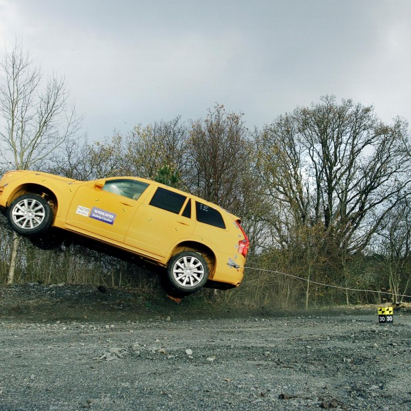 Volvo crazy run-off crash testing