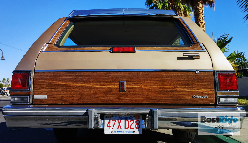 station_wagons_wood_siding-13
