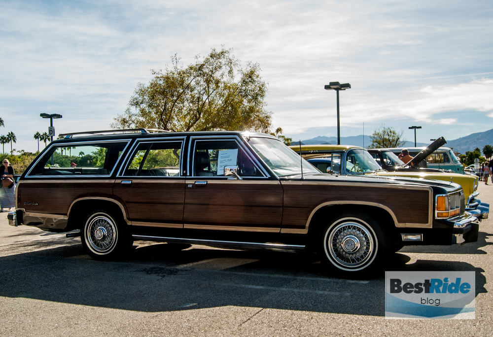 station_wagons_wood_siding-2