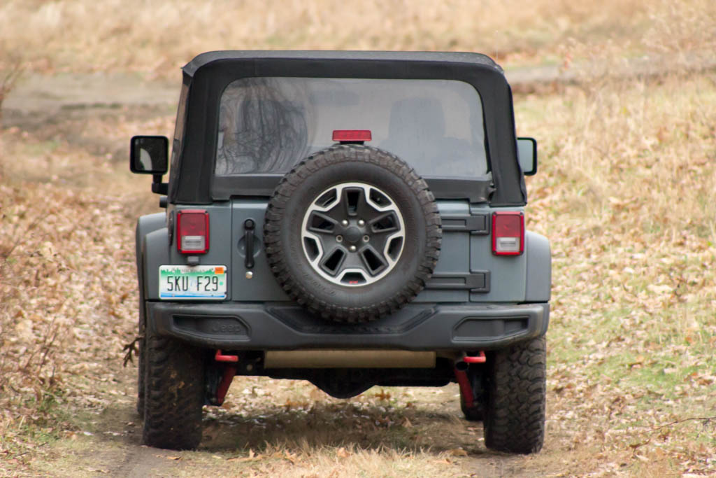 review 2015 jeep wrangler rubicon bestride. Black Bedroom Furniture Sets. Home Design Ideas